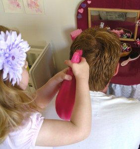 How to make a pretend play hair salon